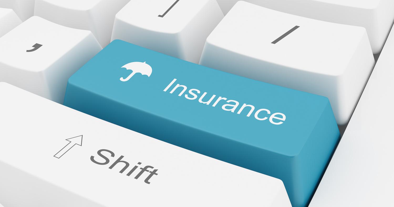 Stipula contratti copertura assicurativa rischi e tutela legale.
